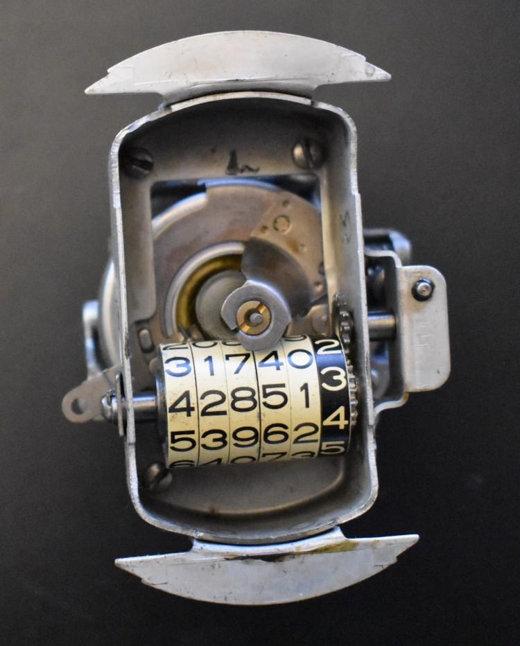 American Bantam Speedometer Mecanism 1.JPG