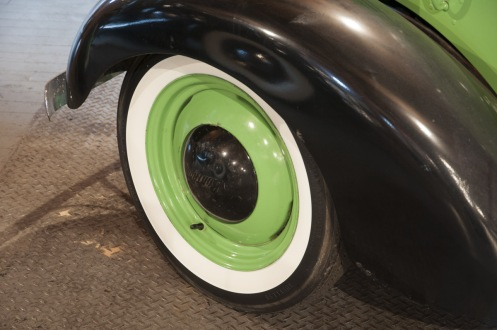 1938 American Bantam Roadster -painted hubcaps to match black accents