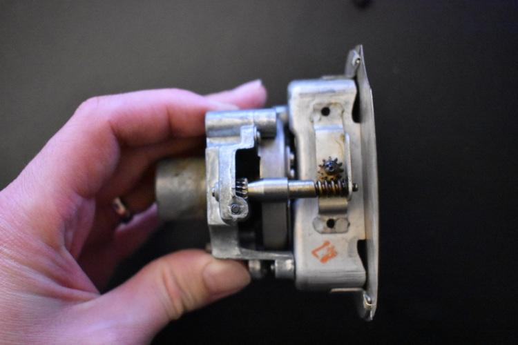 American Bantam Speedometer Mecanism 4.JPG