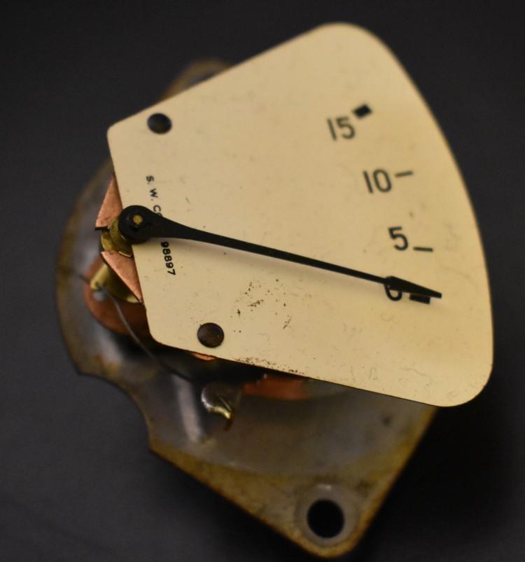 Bantam 15 lb oil pressure gauge 4
