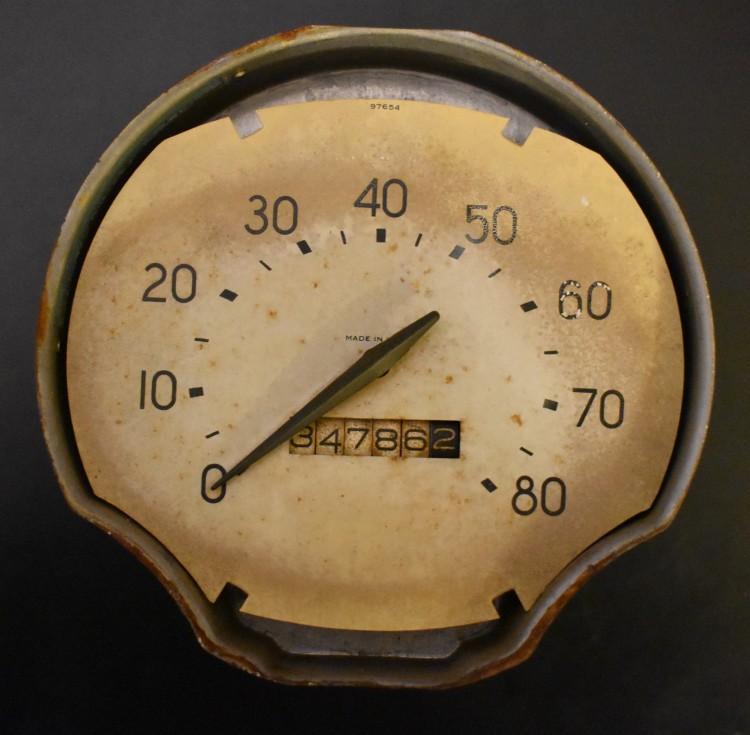 Bantam Speedometer Cream Face 1