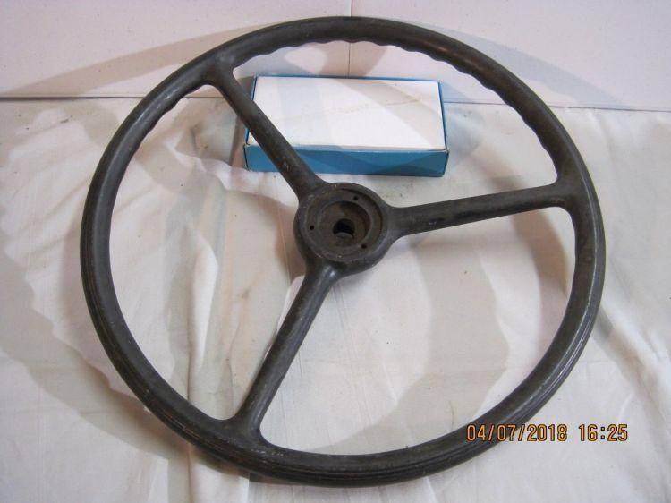 American Austin Bantam Steering Wheel.jpg